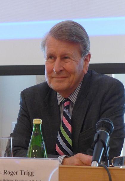 Профессор Роджер Тригг