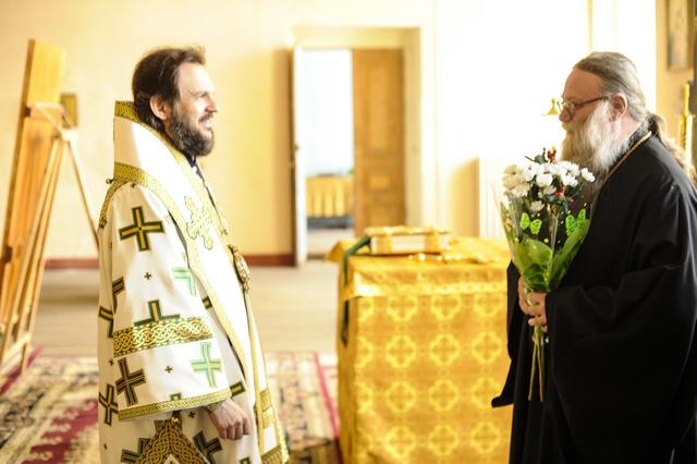 Архиепископ Петергофский Амвросий