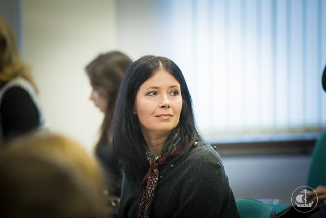 Алена Поликовская