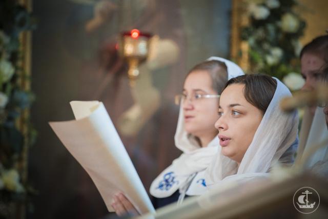 архиепископ Амвросий рукоположил во диакона студента