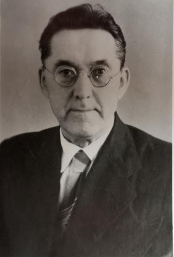 Профессор Алексей Иванович Иванов