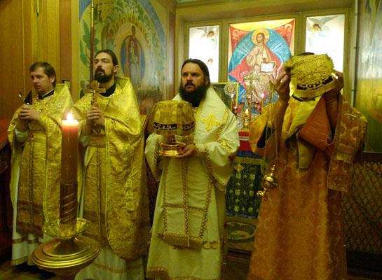 08.08.2010_liturgiya01