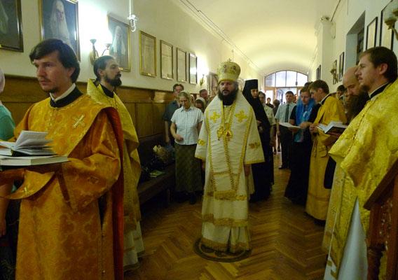 08.08.2010_liturgiya02