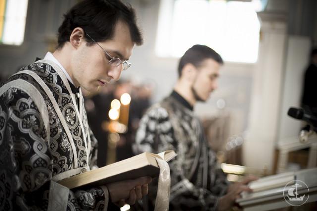 В храме апостола и евангелиста Иоанна Богослова прошли богослужения второго дня Святой Четыредесятницы