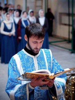 06.12.2010_liturgiya01