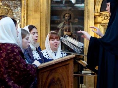 06.12.2010_liturgiya04