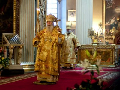06.12.2010_liturgiya08