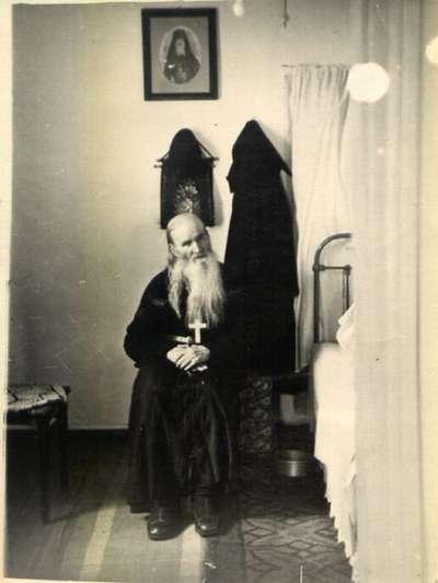 Елизабет Пирсон. Святой преподобный Севастиан Карагандинский