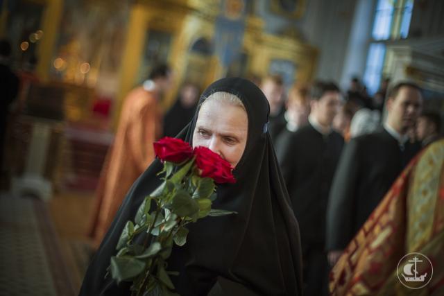 Архиепископ Амвросий поздравил сотрудниц и студенток Духовной академии с праздником святых жен-мироносиц
