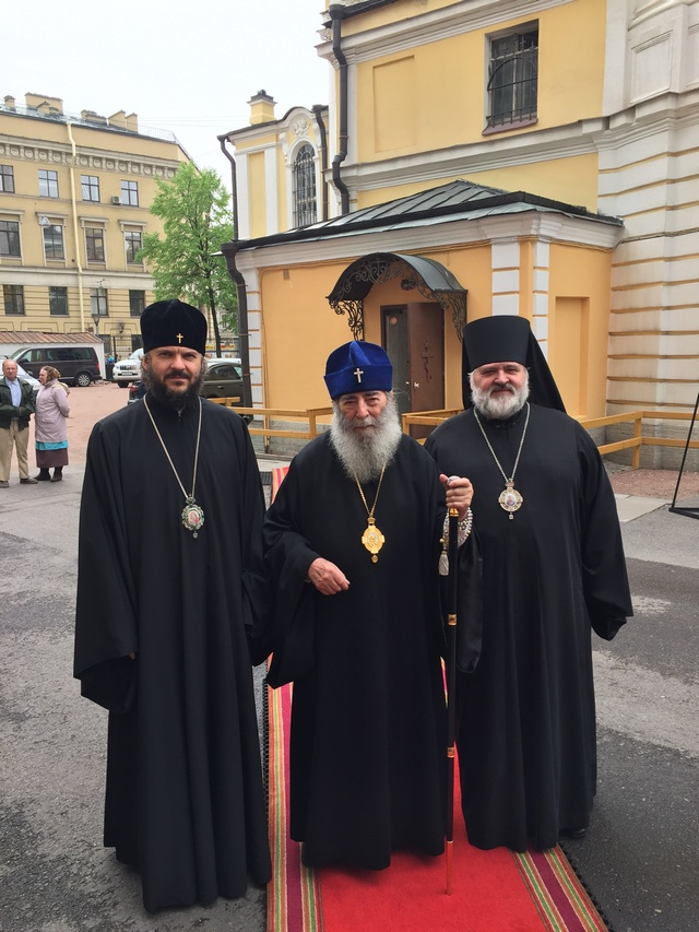 Архиепископ Амвросий поздравил митрополита Владимира (Котлярова) с 85-летием