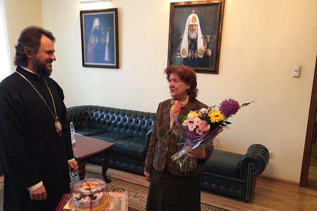Архиепископ Амвросий поздравил Н.В. Колесникову с 65-летием