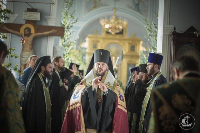 Духовная академия встречает Пятидесятницу