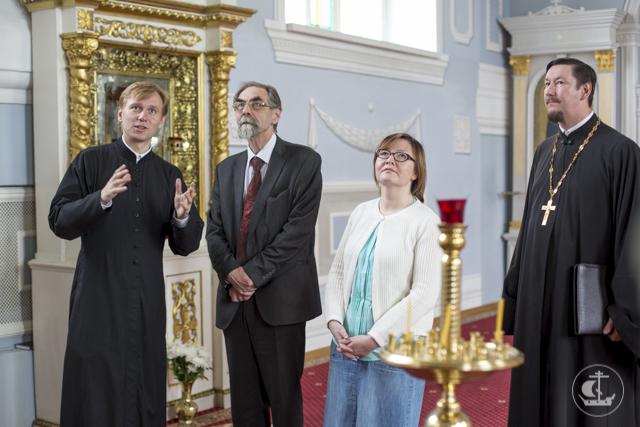 Архиепископ Амвросий встретился с директором и ученым секретарем Института лингвистических исследований РАН