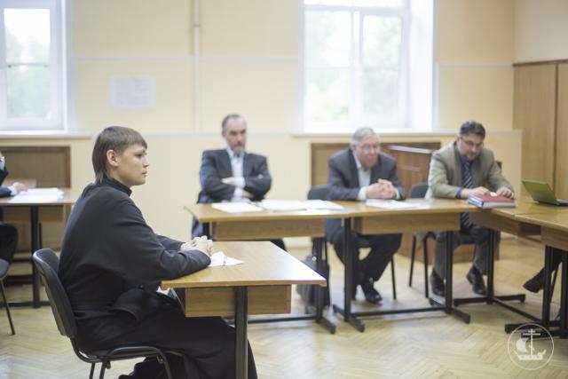 В Духовной академии прошли защиты квалификационных работ