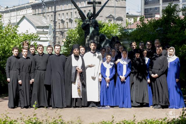 Студенты Духовной академии почтили память П.И.Чайковского