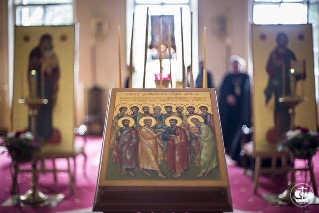 «Свидетели воплощения Слова»: Академический храм Двенадцати апостолов отметил престольный праздник