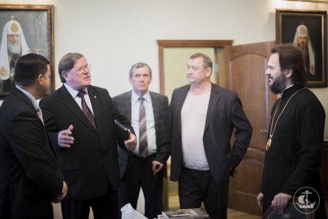 Архиепископ Амвросий встретился с руководителем и сотрудниками ОВЦС РСЕХБ