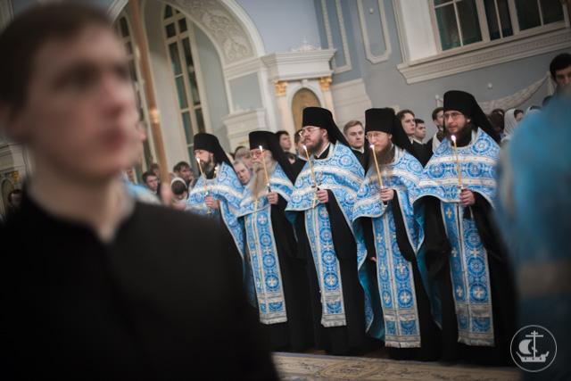 Духовная Академия торжественно встречает праздник Введения во храм Пресвятой Богородицы