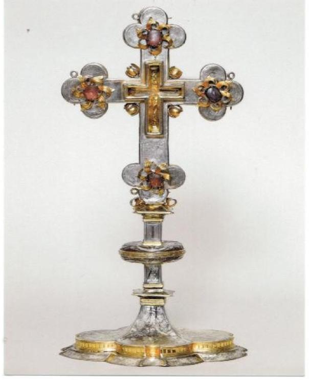 Анатолий Холодюк. Крест-реликварий в паломнической церкви на окраине Мюнхена