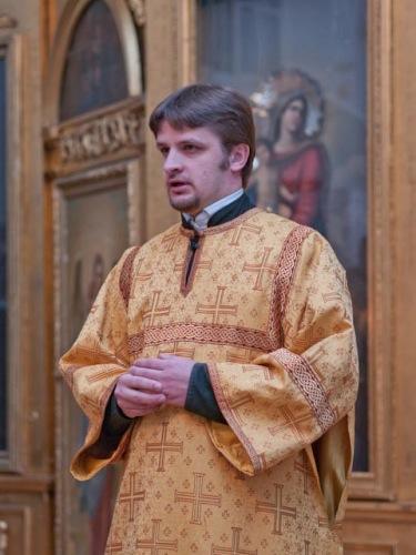06.11.2011_liturg_7245