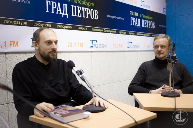 Преподаватель кафедры богословия Духовной Академии принял участие в записи программы на радио «Град Петров»