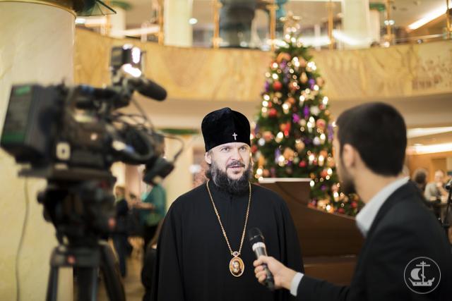 Архиепископ Амвросий посетил юбилейный вечер факультета искусств Санкт-Петербургского Университета