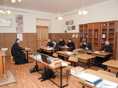 В СПБПДА ПРОШЛО ЗАСЕДАНИЕ КАФЕДРЫ БИБЛЕИСТИКИ