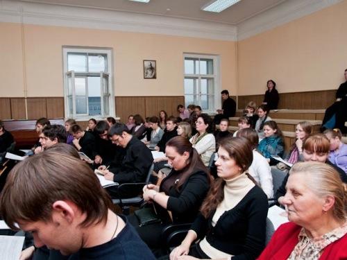В АКАДЕМИИ ПРОВЕДЕН МАСТЕР-КЛАСС ПО ГРИГОРИАНСКОМУ ХОРАЛУ