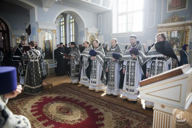 03.04.2013_liturg_1