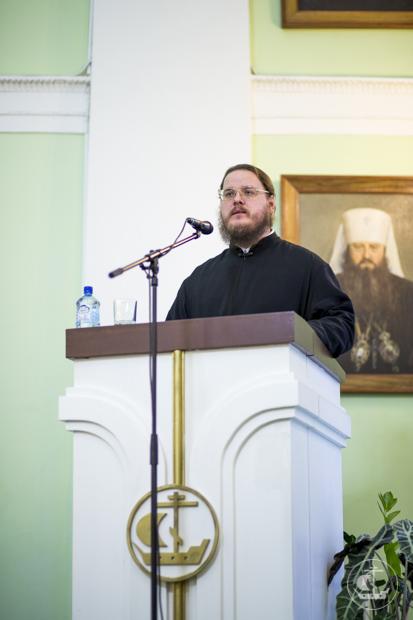 В Санкт-Петербургской православной духовной академии успешно защищена кандидатская диссертация