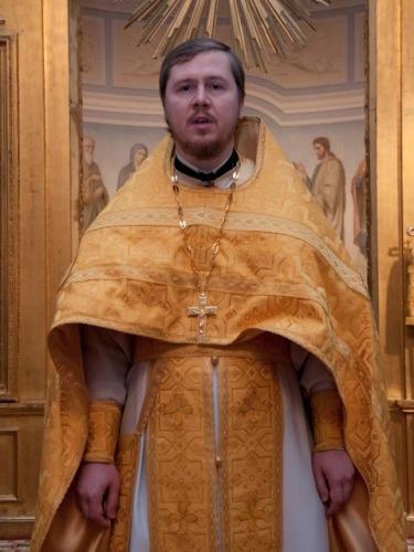 Божественная литургия в день памяти святителя Николая