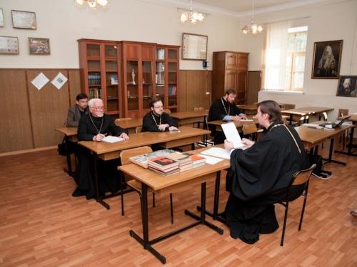 В СПбПДА прошли заседания кафедр