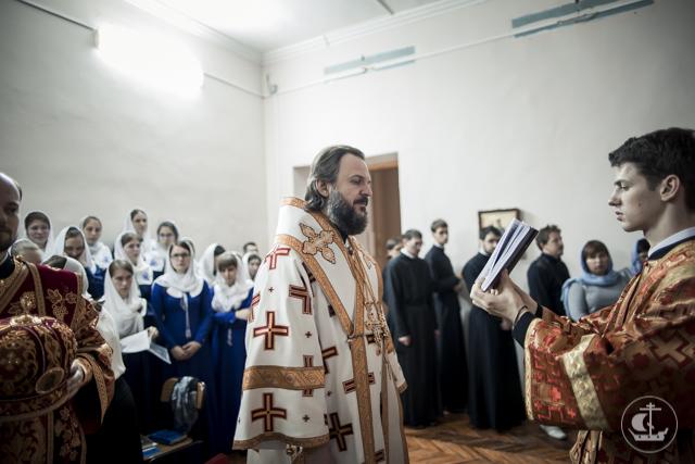 В историческом здании Духовной Академии освящено временное помещение для храма Двенадцати апостолов