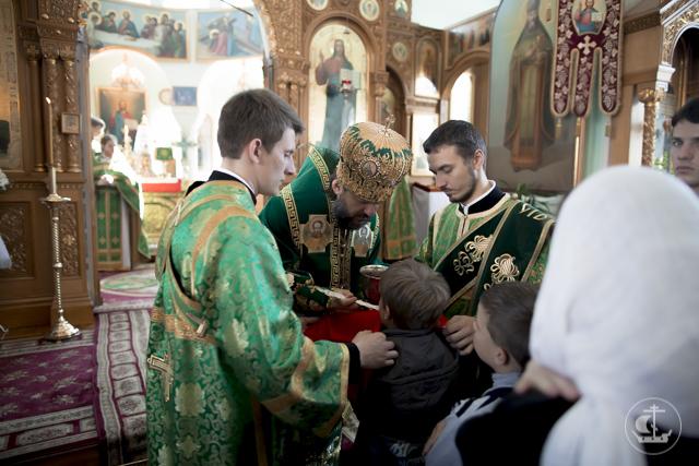 Православный Санкт-Петербург отмечает день прославления святого праведного Иоанна Кронштадтского.
