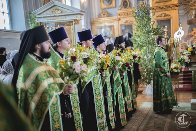 День Рождения Святой Христовой Церкви празднуют начальствующие, учащие и учащиеся Академии