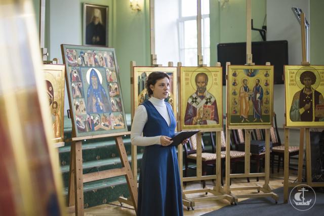 Владыка ректор высоко оценил дипломные работы выпускников Иконописного отделения