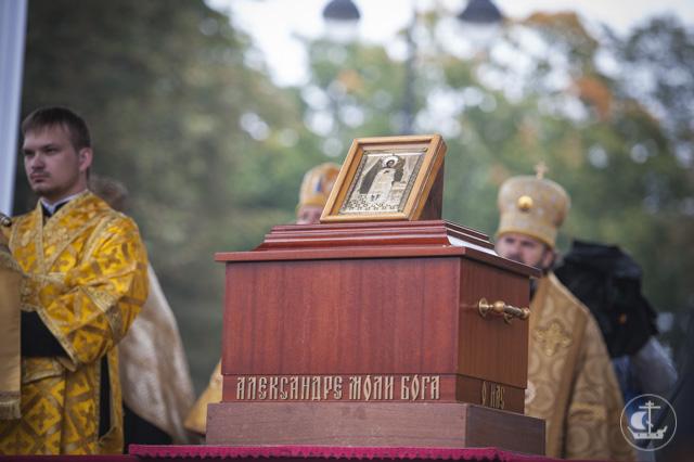 Крестный ход на Невском: как это было в 2015 и в 2014 (ФОТО, ВИДЕО)