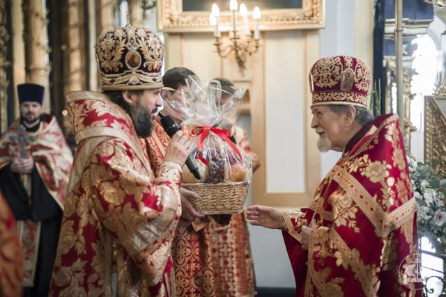 Архиепископ Амвросий поздравил протоиерея Богдана Сойко с Днем ангела