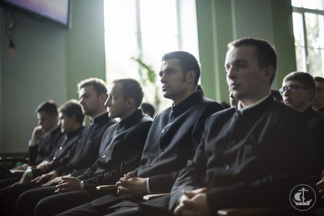 Студенты Академии познакомились с деятельностью ассоциации «Покров»