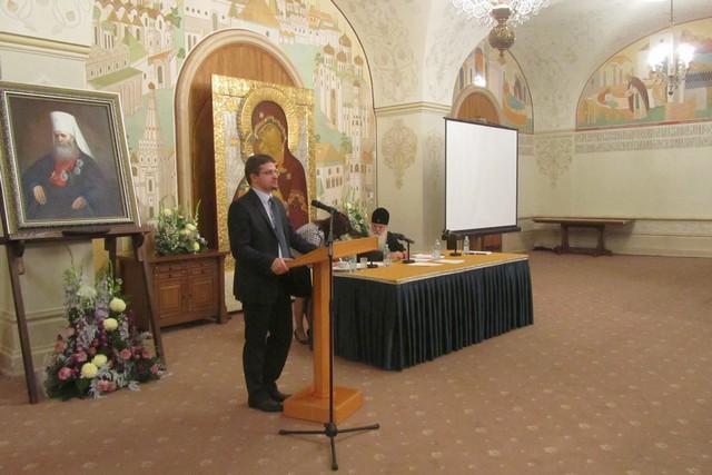 Заведующий аспирантурой награжден медалью митрополита Макария (Булгакова)