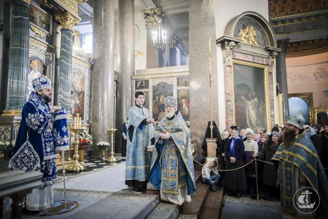 Православный Санкт-Петербург встретил праздник Казанской иконы Божией Матери