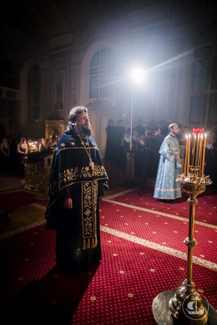 «Радуйся Дева, позвала христиан!» В Духовной Академии встречают праздник в честь иконы Пресвятой Богородицы «Знамение» Царскосельская