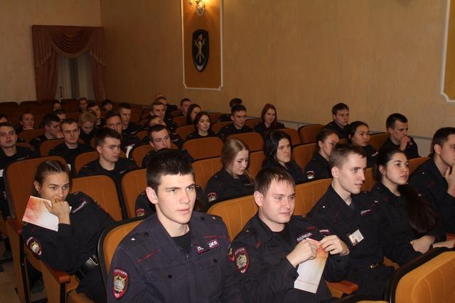 Руководитель социального служения СПбДА принял участие в Круглом столе в Санкт-Петербургском университете МВД России