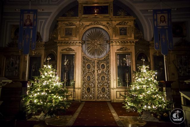 «Христос раждается, славите!»