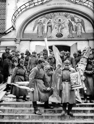 Легендарные христианские книги: Сергей Фудель «У стен Церкви»