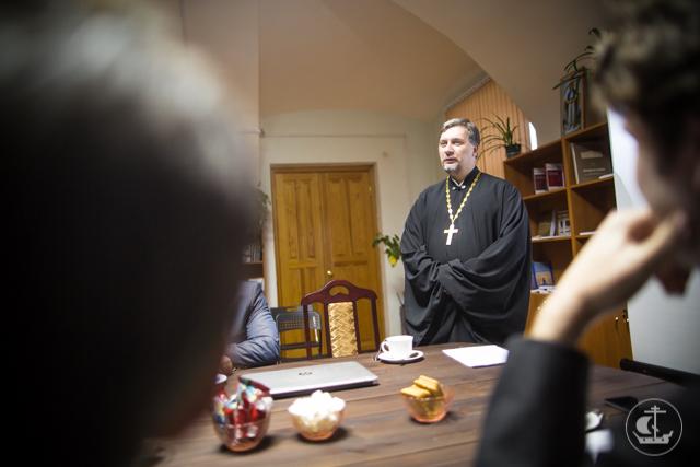 В Академии прошел круглый стол, посвященный Религиозно-философским собраниям 1901-1903 гг.