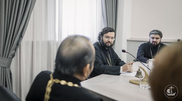Епископ Богородский Антоний встретился с иностранными студентами Академии