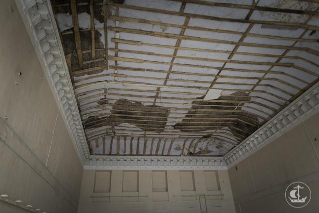 Ректор Академии проинспектировал ремонтные работы в историческом здании