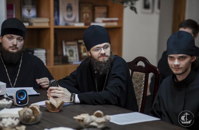 В Книжной гостиной прошла конференция об ученом монашестве