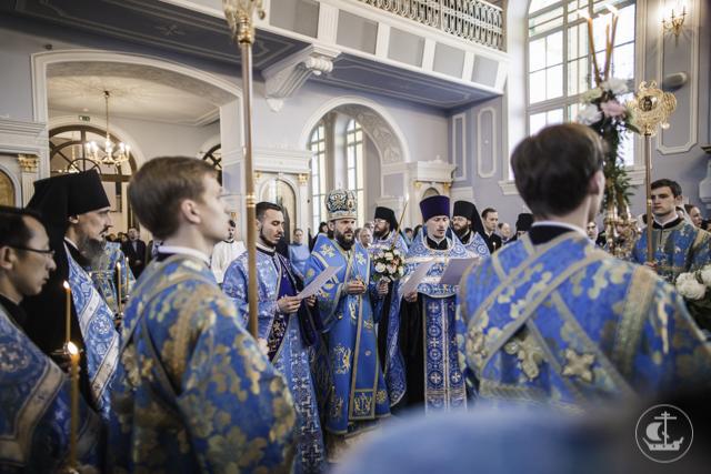Академия встречает праздник Благовещения Пресвятой Богородицы
